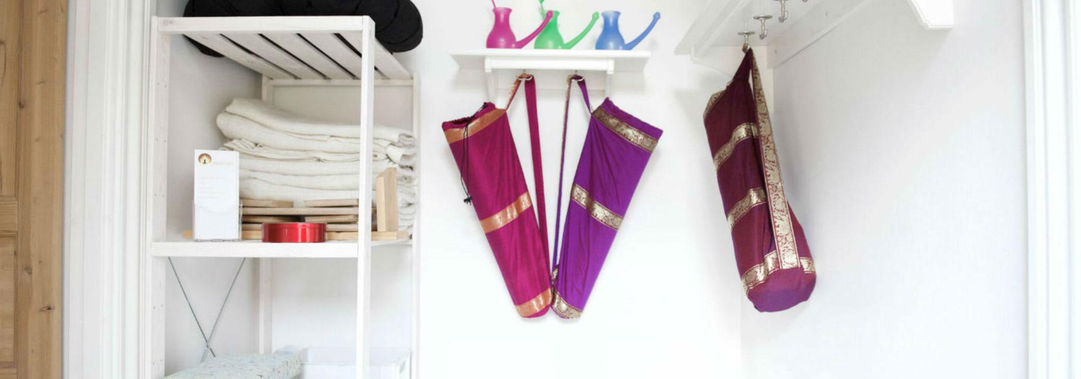 Yogaudstyr kan købes hos Indre ro I Odense