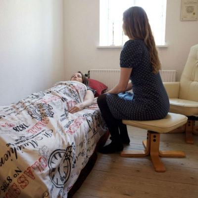 Hypnose terapi med angst, smerter, selvværd og selvtillid hos Helene Lysekilde fra Indre ro Odense