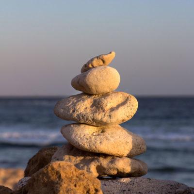 Indre ro Odense Hot stone yoga og Yoga nidra